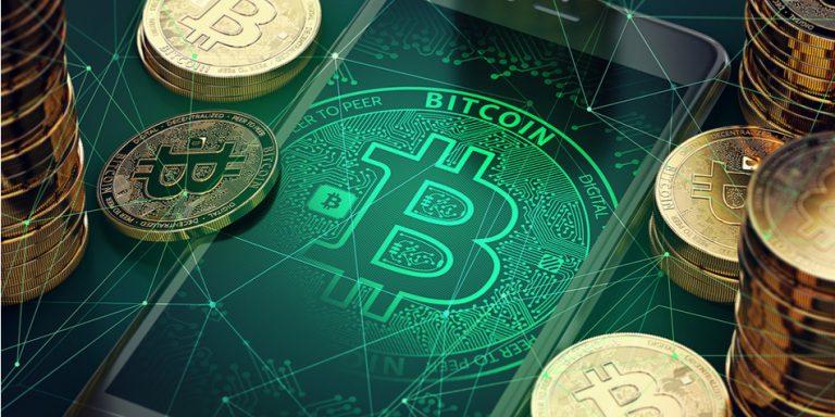 Rusya İletişim Bakanı Nikolay Nikiforov, geçtiğimiz günlerde yaptığı açıklamasında Rusya'nın Bitcoin'i yasallaştırma düşüncesinin gözden geçirmeyeceğini net bir şekilde söyledi.
